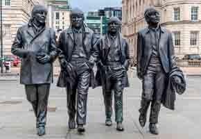 Неизвестная песня Пола Маккартни и Ринго Старра выставлена на аукцион